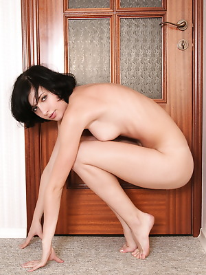 Glam Deluxe  Odele  Brunettes, Young, Teens, 18 year